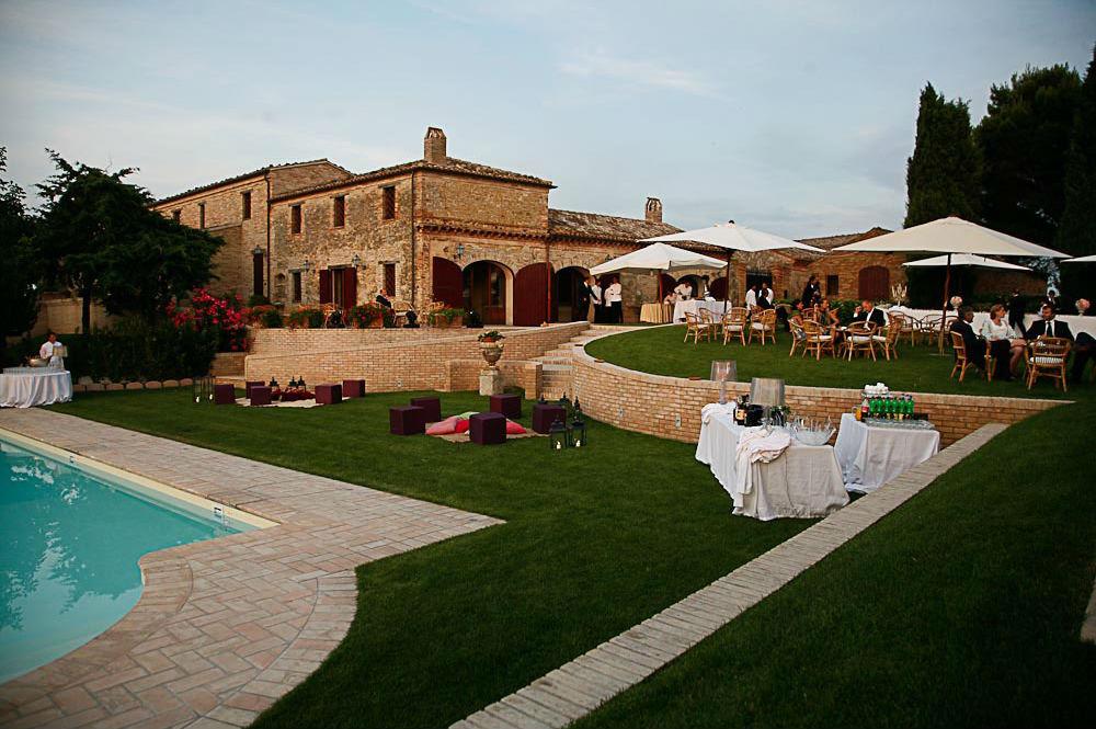 locations aperitivo in piscina