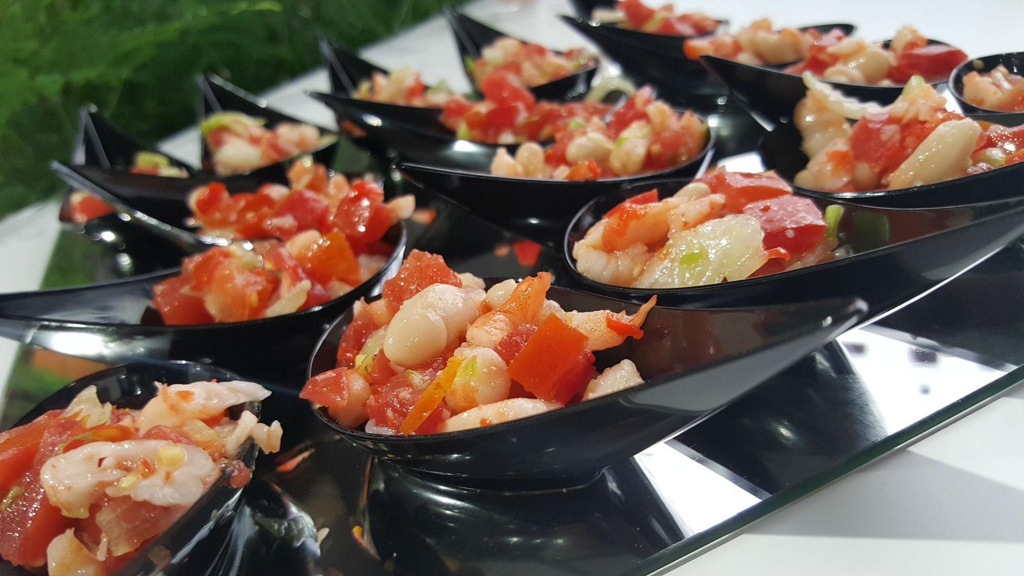 Buratti catering finger food pomodorini e gamberi